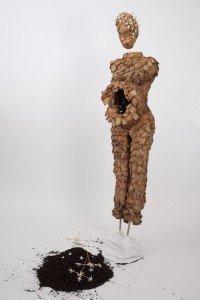 Sculpture/ installation, 1.80m, sachets de thé, dentelle faite main, 2014